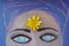 Flickans framsida målade med pastell stock illustrationer