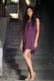 flickapurple för 2 klänning royaltyfria bilder