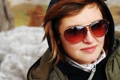 flickasolglasögon Royaltyfri Foto