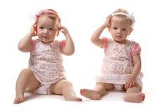 flickaståendebarn Arkivbild