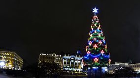 Flickering Christmas tree time lapse. Christmas tree in St. Petersburg time lapse stock footage