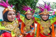 Flickor i traditionell kläder i Jakarta Indonesien Royaltyfria Bilder