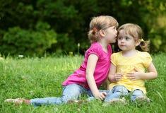 flickor little två Fotografering för Bildbyråer