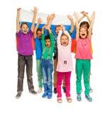 Flickor och pojkar med flaggan av rysk federation royaltyfria bilder