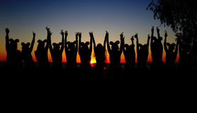 Flickor på solnedgången Royaltyfri Bild