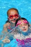 flickor pool två Royaltyfri Fotografi