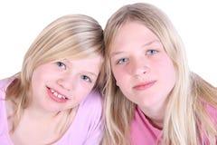 flickor två fotografering för bildbyråer