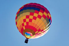 Fliege im Heißluftballon Lizenzfreie Stockbilder
