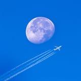 Fliege zum Mond stockbild
