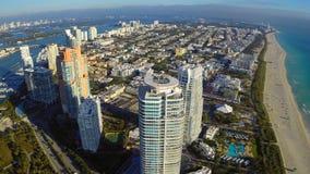 Fliegen über Miami Beach stock footage