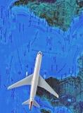 Fliegen zwischen Kontinente lizenzfreie stockbilder