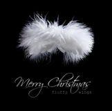 Fliegender flaumiger Weihnachtsengel Stockfoto