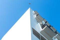 Fliegendes Flugzeug Lizenzfreies Stockfoto