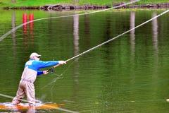 Fliegenfischen (Casting) Lizenzfreies Stockfoto