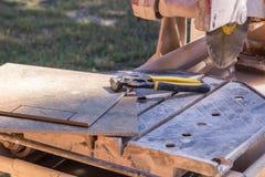 Fliesen-Werkzeuge stockbilder