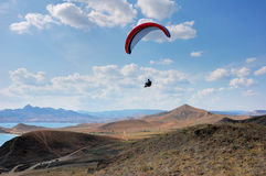 Flight over the hills Royalty Free Stock Photos