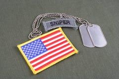Flik för prickskytt för USA-ARMÉ med hundetiketten Royaltyfri Bild