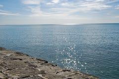 Flikkering over het overzees, door Cobb, in Lyme REGIS royalty-vrije stock foto's