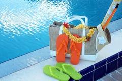 Flip-flop ed accessori dello stagno Fotografie Stock