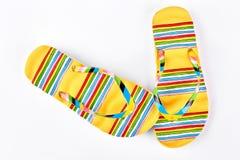 Flip-flop modellati giallo femminile Immagine Stock Libera da Diritti
