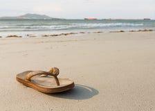 Flip-flop sulla spiaggia pattaya, Tailandia Fotografia Stock Libera da Diritti