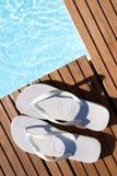 Flip-flops brancos Imagens de Stock Royalty Free