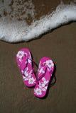 Flip-flops na praia Foto de Stock Royalty Free