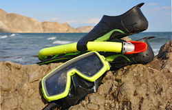 Flippers, snorkel and mask for diving Royalty Free Stock Photos