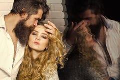 Flirt, relations, romanes photos libres de droits