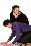 flirted kneeling женщина человека Стоковое фото RF