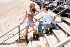 Flirtenpaare Lizenzfreie Stockfotografie