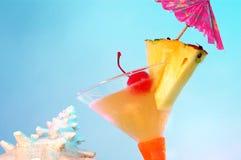 flirtini热带的马蒂尼鸡尾酒 免版税图库摄影