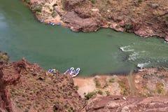 Flisacy na Kolorado rzece w Uroczystego jaru parku narodowym, Arizona zdjęcie stock