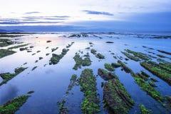 Flisz Baskijski wybrzeże przy zmierzchem, Zumaia Zdjęcie Royalty Free