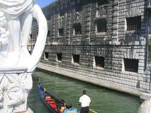 Flitterwochenpaare Venedig Italien Stockfotografie
