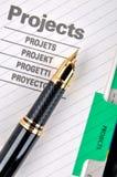Füllfederhalter auf Projekt Lizenzfreie Stockfotos