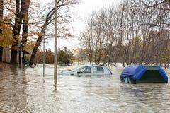Flloding στο Τορίνο, Ιταλία: αυτοκίνητο κάτω από το νερό Στοκ φωτογραφία με δικαίωμα ελεύθερης χρήσης