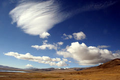Floating clouds on tibetlake   Royalty Free Stock Images