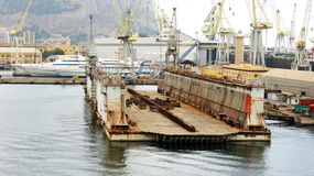 Floating docks in the port Royalty Free Stock Photography