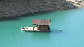 Floating house on the lake Royalty Free Stock Images