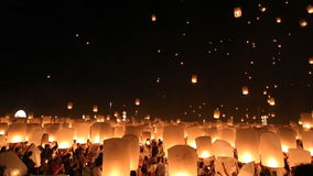 Floating lanterns in Chiangmai, Thailand. stock video footage