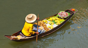 Floating Market. Damnoen Saduak floating market in Ratchaburi near Bangkok, Thailand Stock Photo