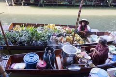 Floating Market Vendors Royalty Free Stock Images