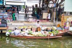Floating markets,  Damnoen Saduak,Ratchaburi Province, Thailand Stock Photos