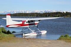 Floatplane auf Beluga See Stockfotos