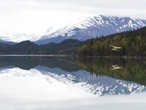 Floatplane sur le lac trail Image stock
