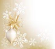 Floco de neve do ouro e de bauble do Natal fundo Foto de Stock Royalty Free