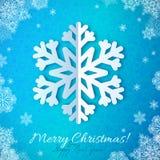 Floco de neve do papel azul no fundo ornamentado vermelho Fotos de Stock Royalty Free