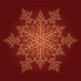 Flocon de neige détaillé d'or sur le fond rouge illustration stock