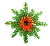 Flocon de neige effectué à partir des branchements d'arbre de Noël Image libre de droits